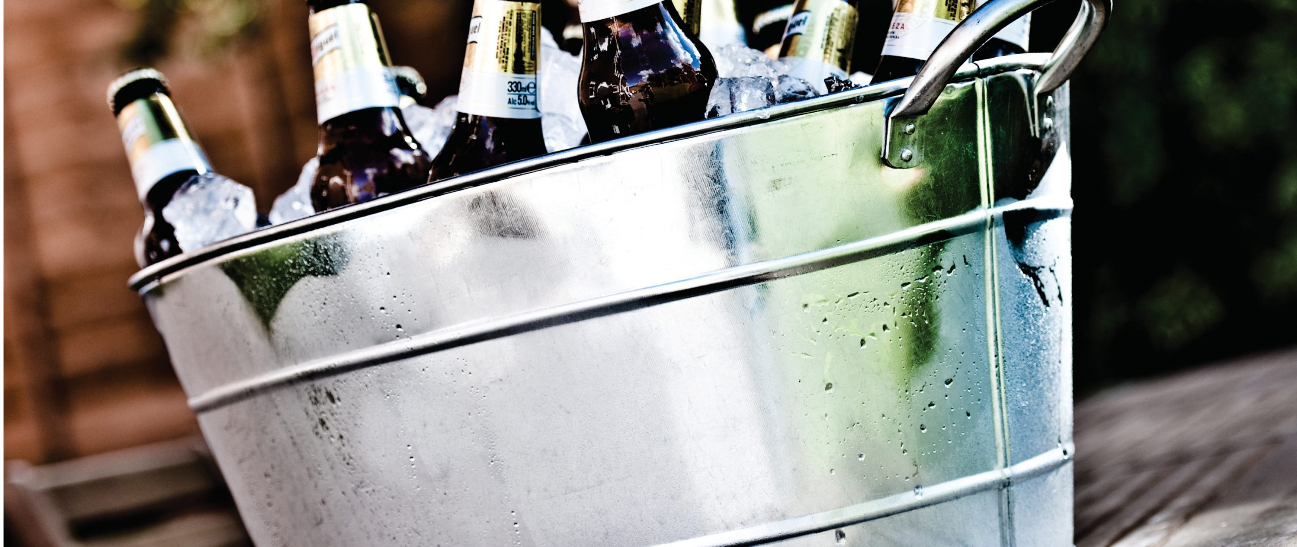 Wine buckets and stands header image